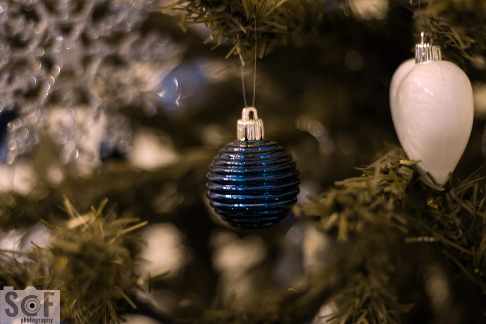 Blue Christmas Ball - Deuteranopia