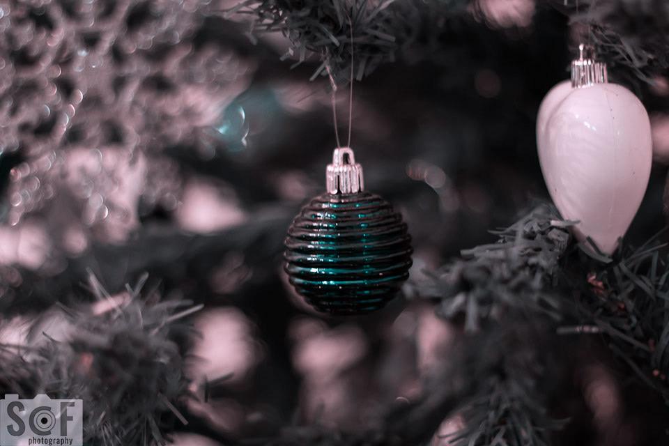 Blue Christmas Ball - Tritanopia