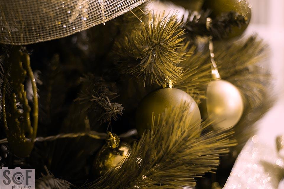 Red Christmas Ball - Deuteranopia